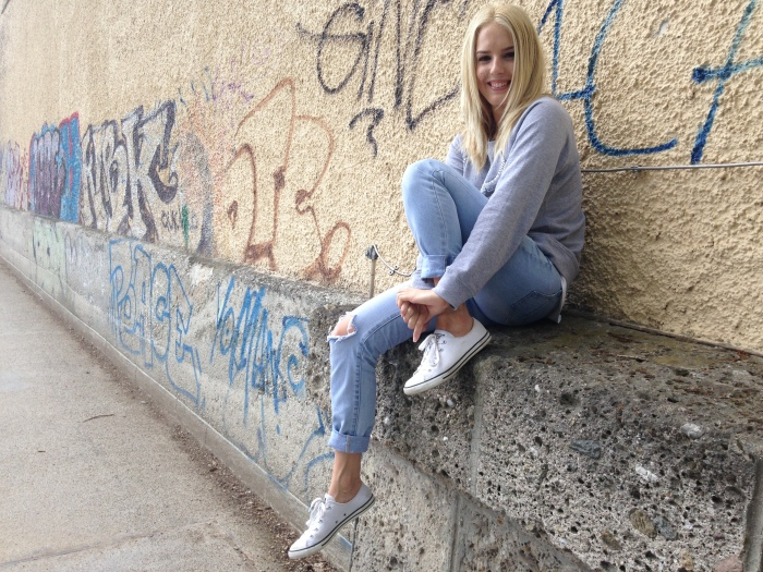 In one of the most beautiful gardens in the world, had a photo with a wall....